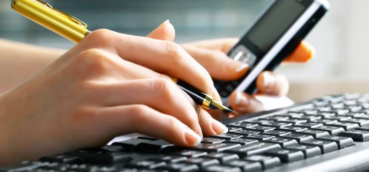 De prijzen van online boekhoudprogramma`s